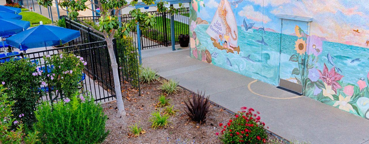 Las Posas Elementary School / Homepage